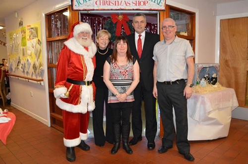 Council Leader serves up Christmas lunch
