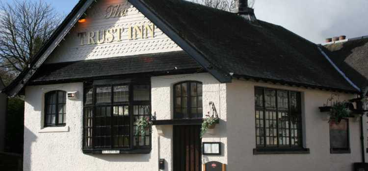 Kilbarchan's Trust Inn wins Best Bar None Silver award