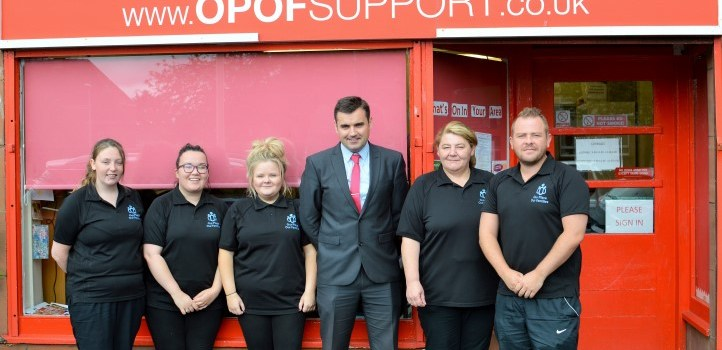 MP welcomes £10,000 lotto fund award for Renfrew community group