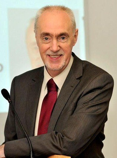 Hugh Henry, the MSP for Renfrewshire South is to stand down after 32 years