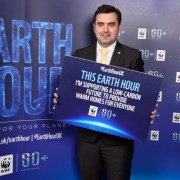 Gavin Newlands makes Earth Hour pledge for the planet