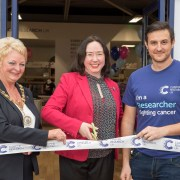 Cancer survivor teams up with top cancer scientist to open Scotland's largest Cancer Research UK superstore