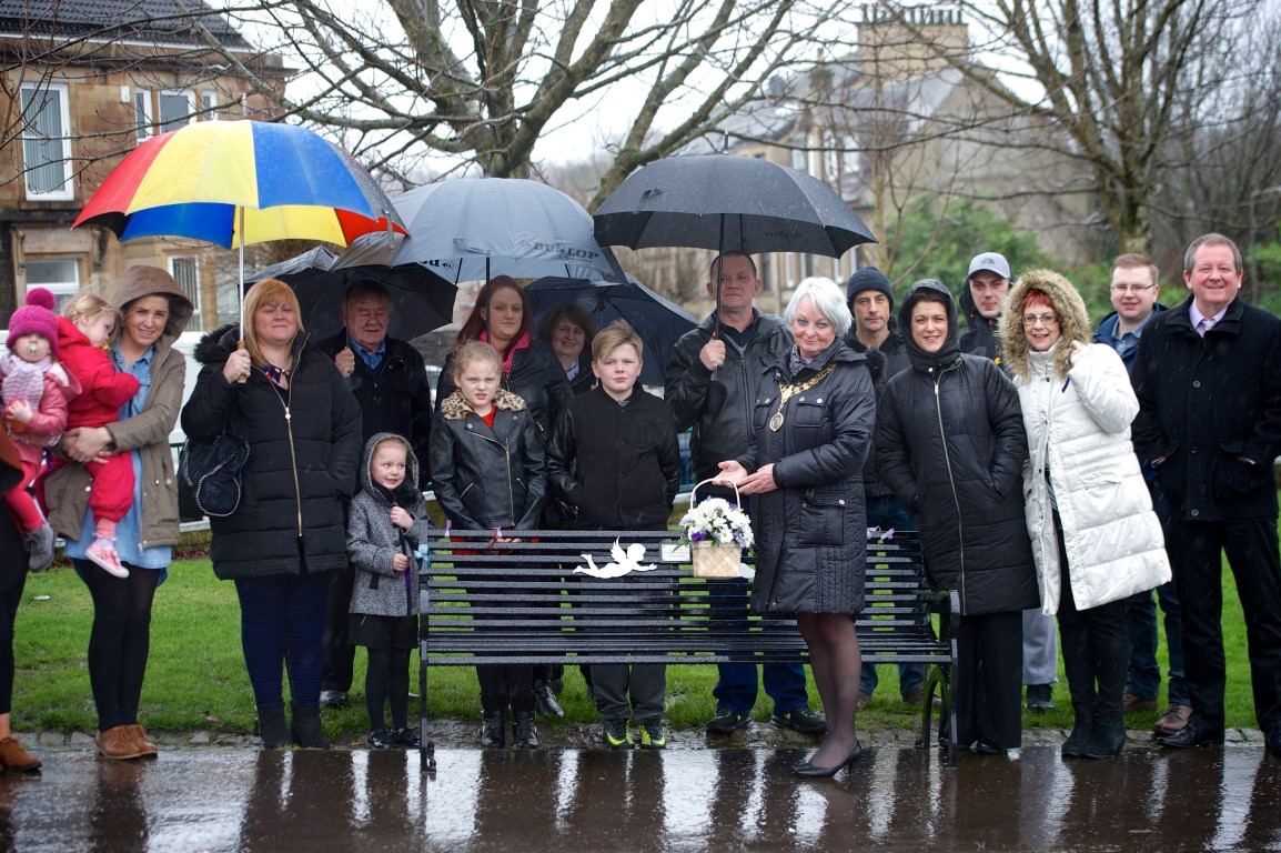 A chance to remember those lost with two new memorial benches in Johnstone and Elderslie