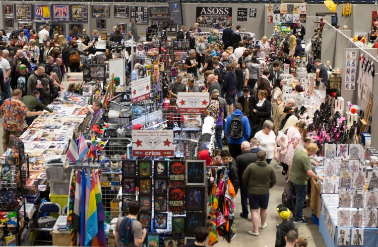 Thousands of fans turn out for Comic Con event at intu Braehead