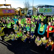 Renfrewshire's communities come together for Councils Team Up to Clean Up campaign