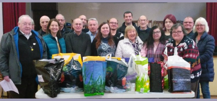 Tannahill SNP take part in a foodbank collection drive