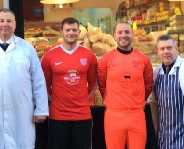 Local butcher Graeme McGinlay renews sponsorship with Thorn Athletic CFC for third year running