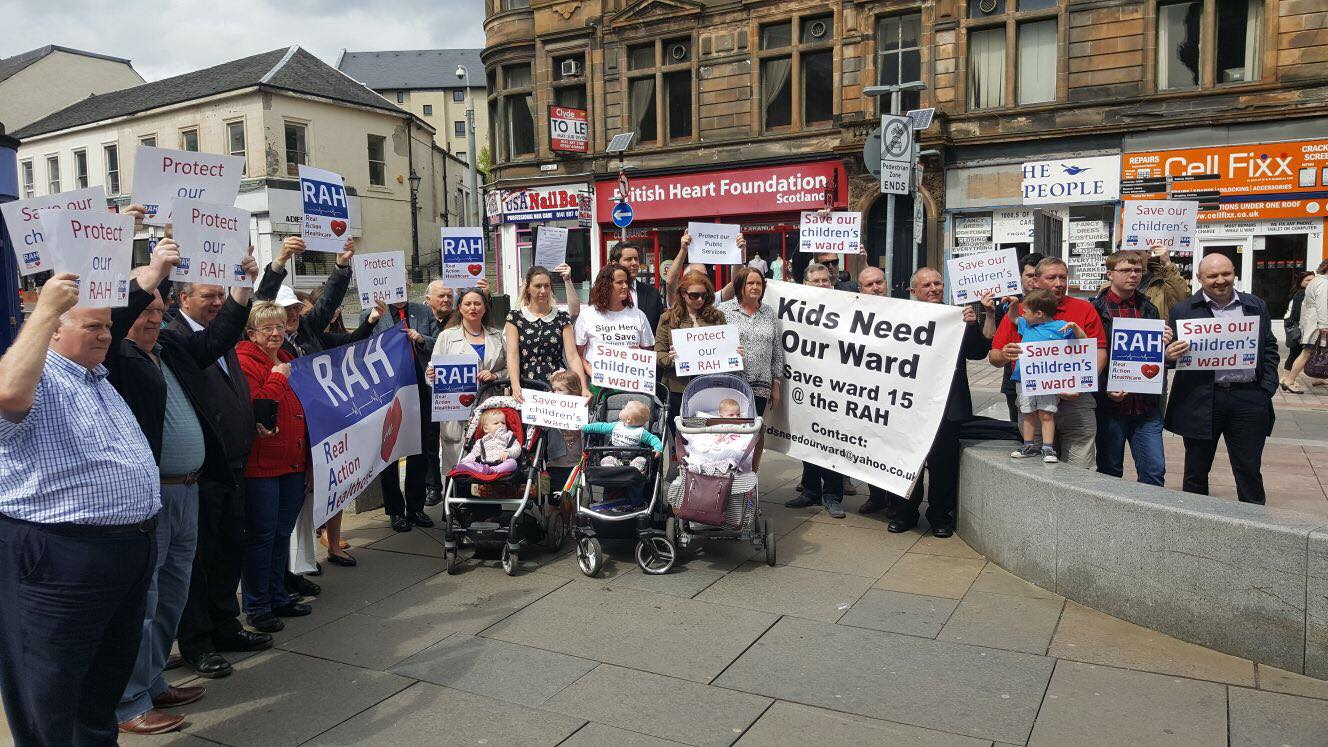 Government accused of betrayal over plan to close Paisley children's ward