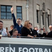 Thousands turn out to Paisley to see St Mirren league trophy parade