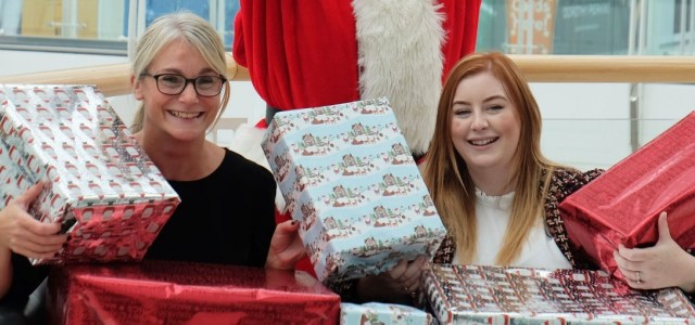 Renfrewshire Christmas Toybank appeal supported by intu Braehead – collection point now open