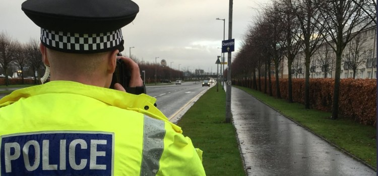 Police carry our vehicle speed checks in Renfrew and Erskine