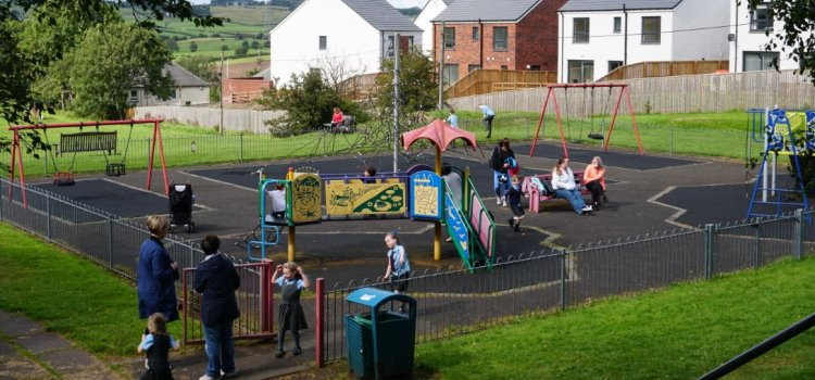 Howwood Public Park is awarded £50,000 for brand-new play equipment