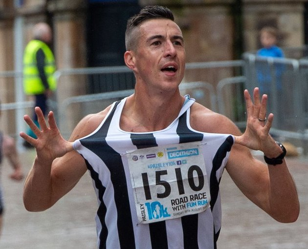 Paisley 10k and Fun Run: Thousands pound the streets of Paisley!