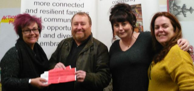 Councillors donate Christmas tickets to Star Project