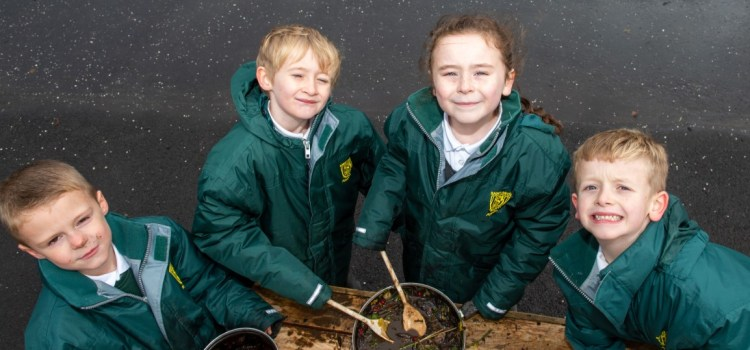 Every primary school in Renfrewshire is set to receive a brand-new mud kitchen