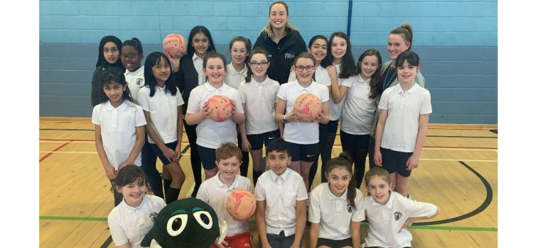Strathclyde Sirens star teams up with NSPCC Scotland to keep children safe from abuse