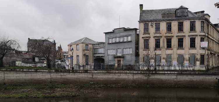 Former social work town centre buildings could become flats if site-sale plans approved