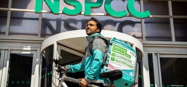Deliveroo riders to receive NSPCC training to help spot signs of child abuse