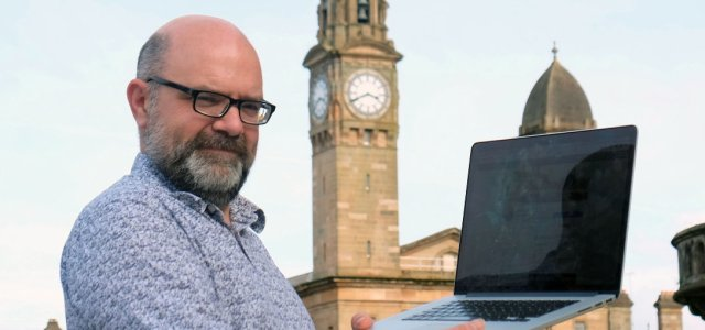 Plea for Paisley Town Hall memories to go in time capsule