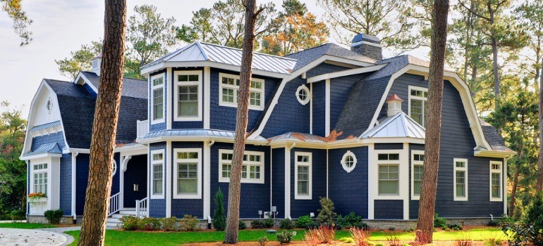 24 of the Best House Siding Ideas and Photos | RenoCompare on House Siding Ideas  id=59219