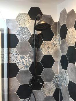 salle d'eau carrelge hexagonal 5