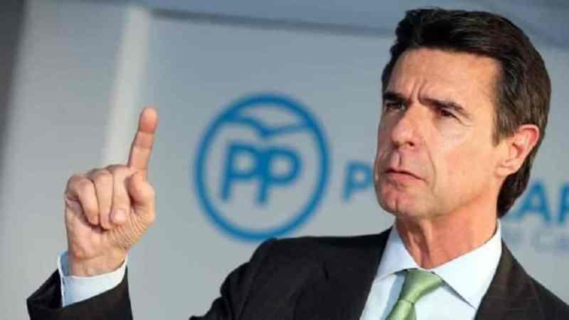 El ex ministro soria, el que dimitio por los papeles de panamá