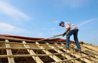 Surélévation de toiture: combien ça coûte?