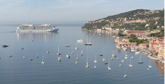 location de bateau nice villefranche sur mer. Black Bedroom Furniture Sets. Home Design Ideas