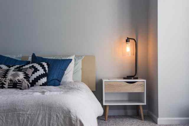 Best Small Bedroom Decorating Ideas on a Budget - Rent Blog