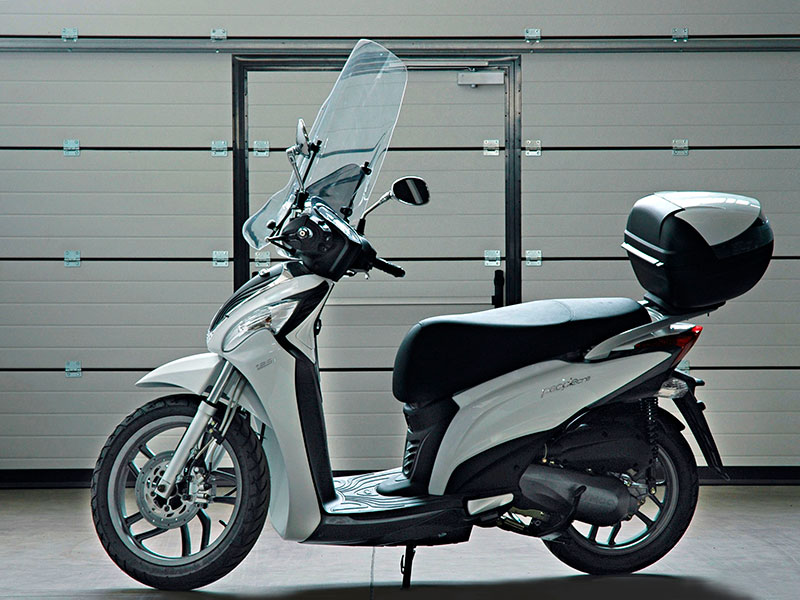 KYMCO PEOPLE 125-rent scooter and motorbike salerno