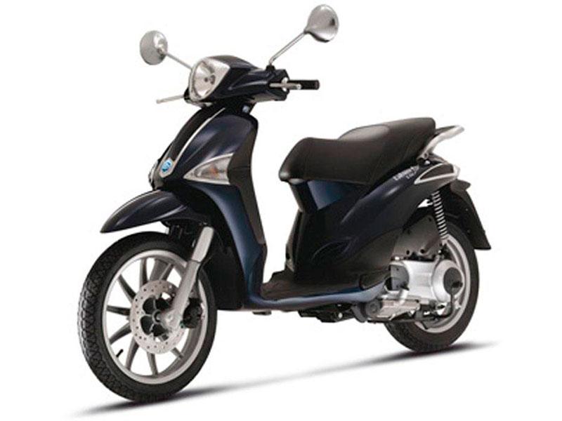 rent2ride-piaggio-liberty-125-12-noleggio-moto-scooter-salerno