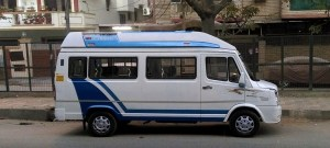 7 Seater Luxury Tempo Traveller