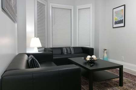 Modern Two Bedroom Apartment Toronto, Amazing Two Bedroom Suite Ideal For Families, Rentitfurnished4u
