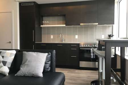 , City Centre Cozy Suite, Rentitfurnished4u