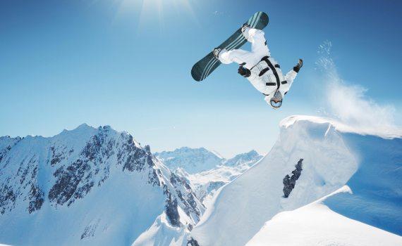 Tips for staying safe on the ski slopes