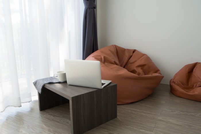 rentomojo-office-furniture-beanbag