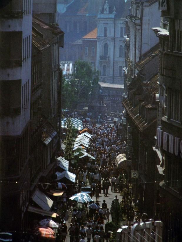 1980s - Čopova ulica, v ozadju Prešernov trg