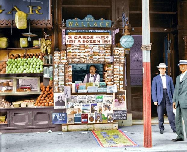 Prodajalec časopisov in razglednic v New Orleansu, 1908 (foto: Shorpy)