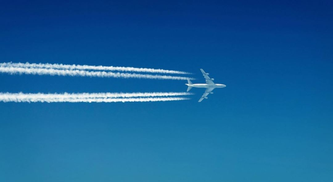 contrail-boeing