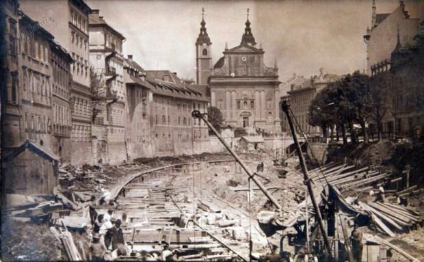 1913 - regulacija Ljubljanice v strogem centru mesta