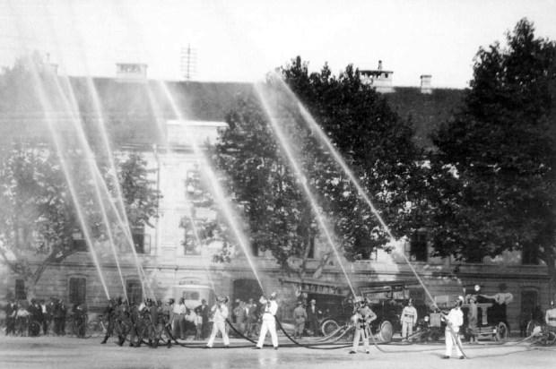 1930 - gasilska vaja na Krekovem trgu