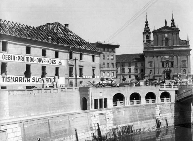 1937 - Frančiškanska cerkev in Tiskarna Slovenija ob Tromostovju