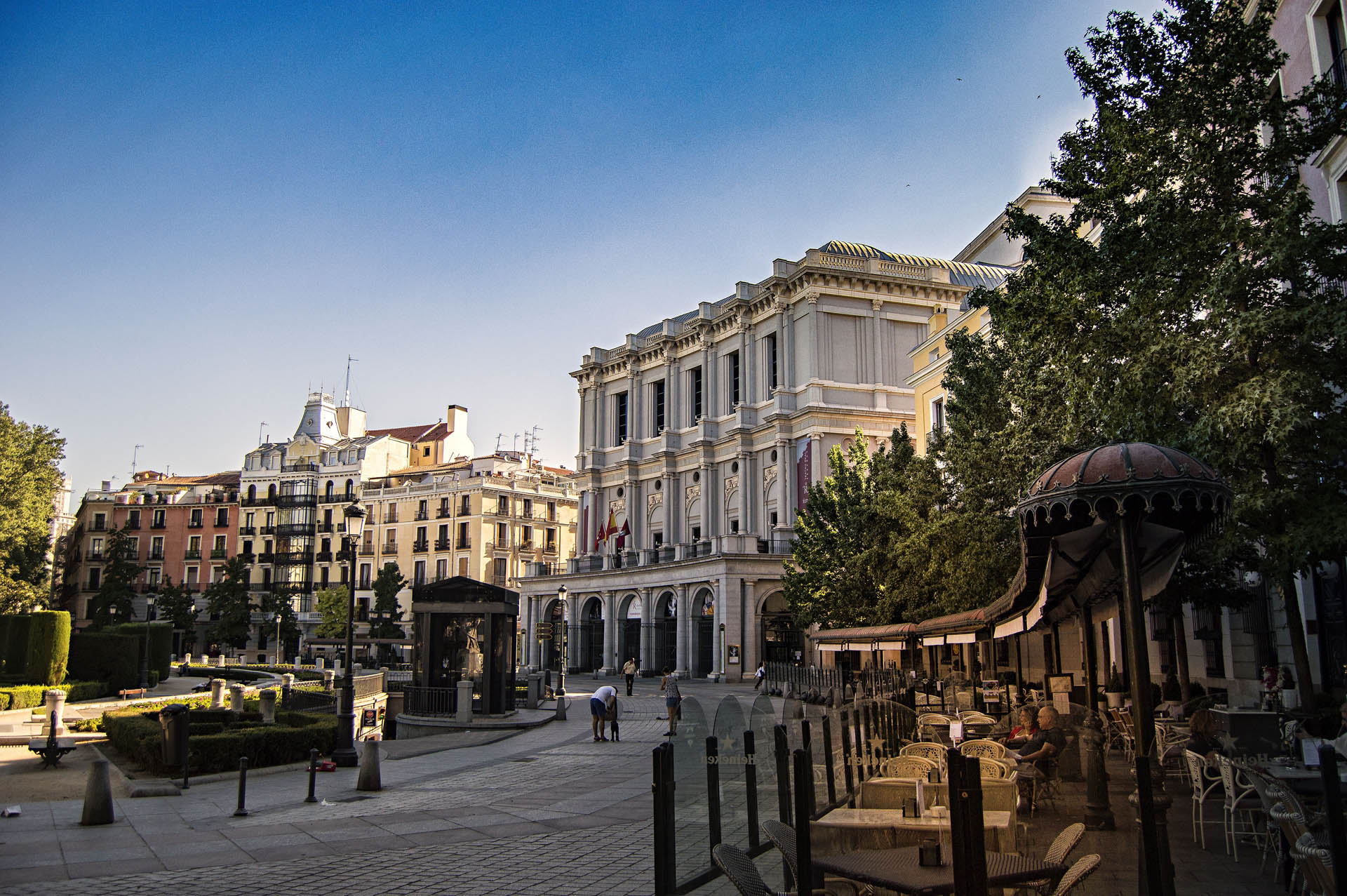 plaza de oriente madrid