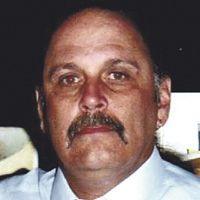Robert E. Decelles Sr.