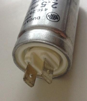 Condensateur 2,5µF Ducati Energia détail des cosses
