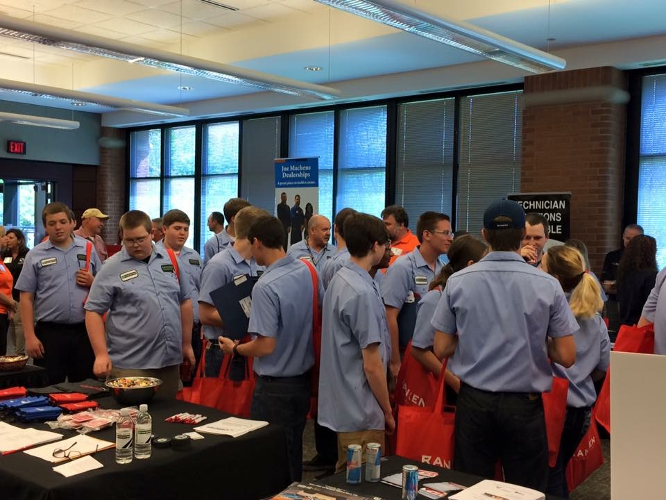 Students attend a Collision Repair Education Foundation job fair in Saint Louis, Mo. (Provided by CREF)