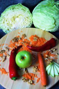πολύχρωμη σαλάτα λάχανο
