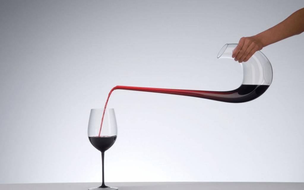 Σωστή επιλογή ποτηριού & χρήση καράφας για τα κόκκινα κρασιά
