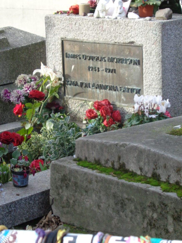 Jim Morrison 2015, Κοιμητήρια του Περ-Λασαίζ