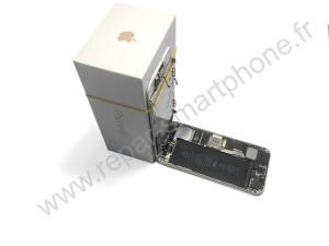 Maintenir l'ecran avec une boite d'iPhone